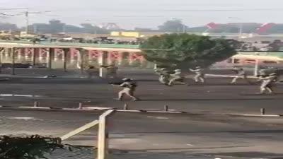 قوات الرد السريع تستهدف المتظاهرين في مدينة الناصرية العراقية، نوفمبر 2019