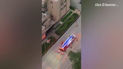 موظفو القنصلية الصينية بهيوستن يحرقون الوثائق بعد قرار الحكومة الأمريكية إغلاق القنصلية في غضون 72 ساعة